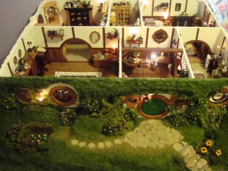Overview of Bag end Hobbit Hole by Maddie Chambers